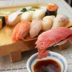 お寿司やお刺身を食べすぎると乳腺炎になる?